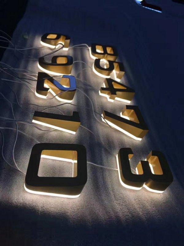 3D zadně podsvícené písmo (backlight)