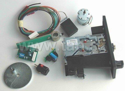 Vhadzovač výdaj lôpt - elektromechanický
