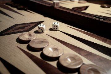 Ako sa hrá Backgammon?
