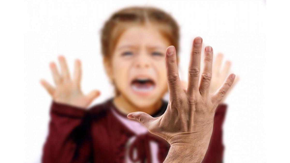 3 einfache Tipps, wie Sie Ihr Kindermädchen kontrollieren können