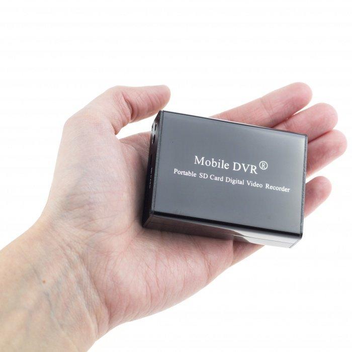 Mini 1CH DVR s možností napájení kamery