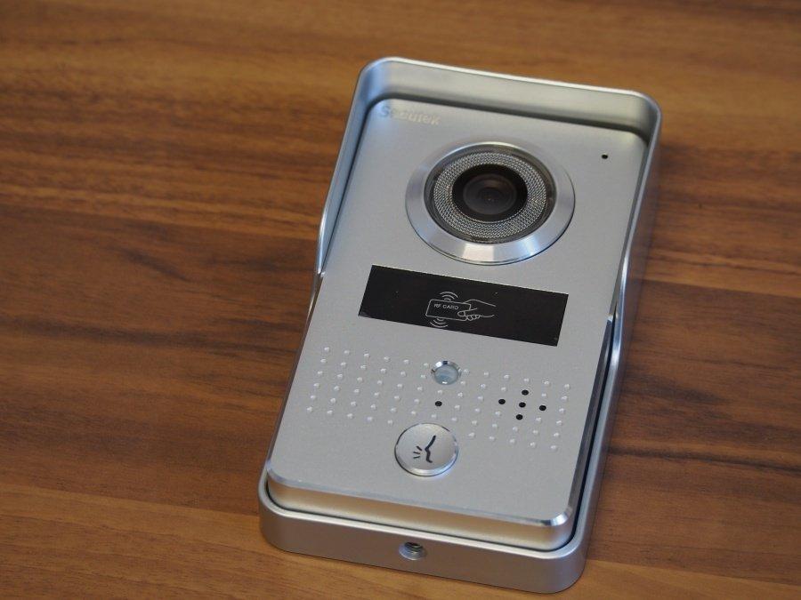 Secutek CAM215A - videozvonek s RFID čtečkou