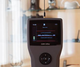 CAM-105W - Detektor der Mobiltelephone und Abhörungen 2G / 3G / 4G / WLAN/ Bluetooth