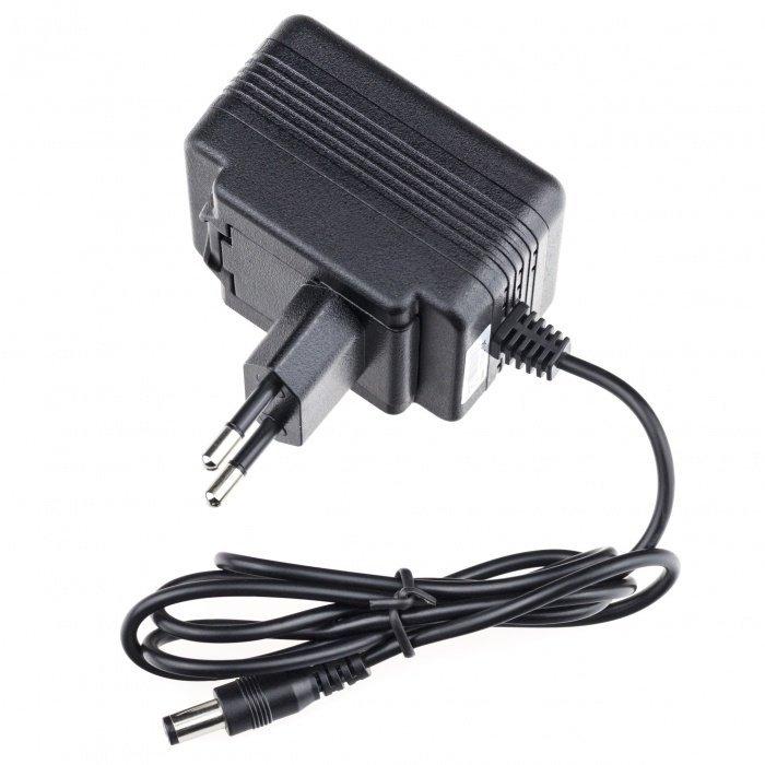 IP kamera hálózati adapterban Lawmate PV-AC20uni, FULL HD