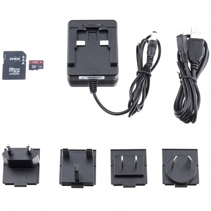IP kamera v síťovém adaptéru Lawmate PV-AC20uni, FULL HD