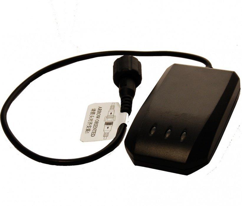 GPS lokátor do auta UDT-MT-02