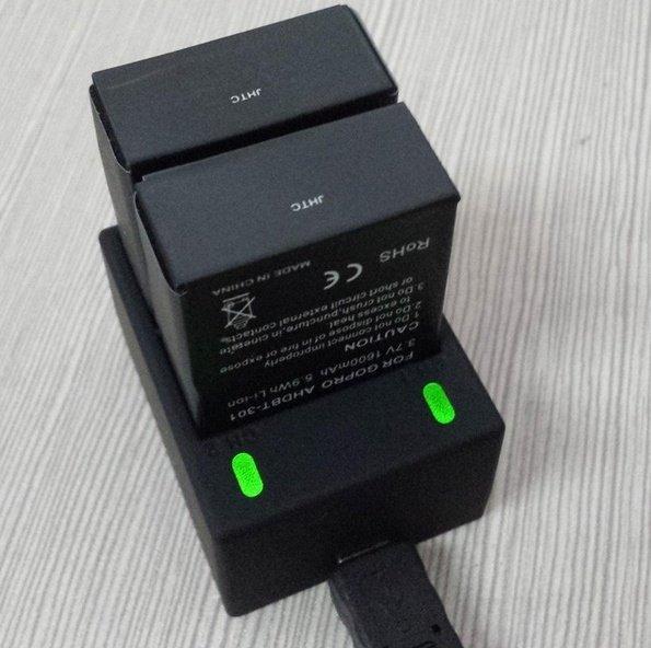 USB nabíjačka na 2 batérie do GoPro kamier