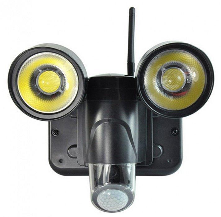 WiFi IP kamera ve venkovní lampě - P2P, HD