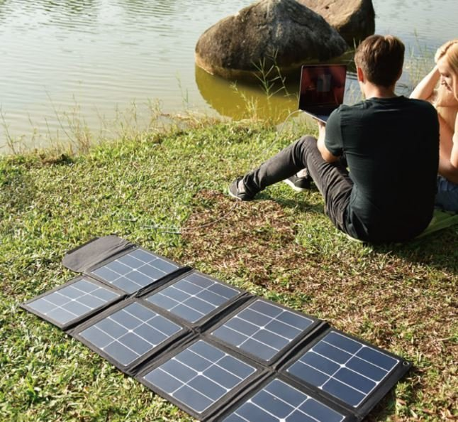 Skládací solární panel 100W