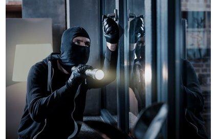 Wie den Raum vor der Tür gegen Vandalismus sichern?