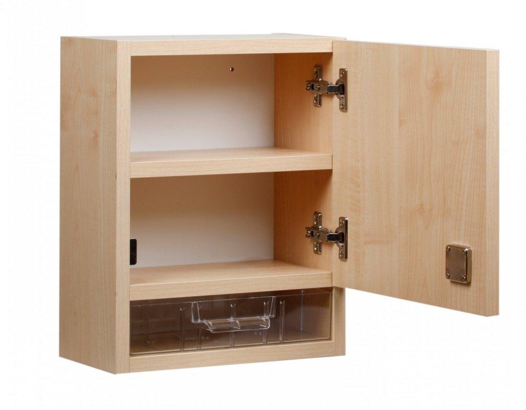 Nástěnná lékárnička dřevěná pro 30 osob