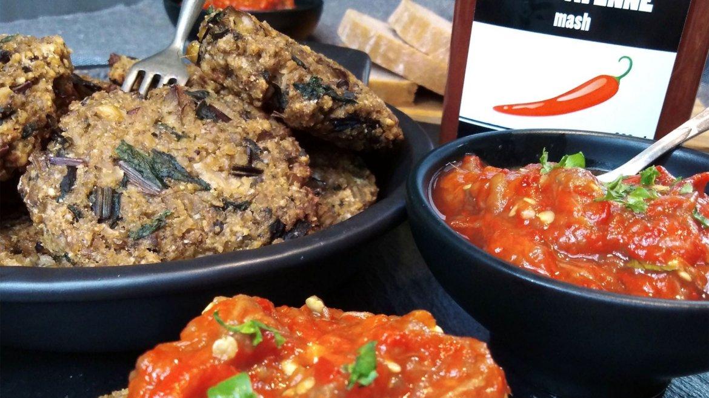Chilli pikantní tapenáda z červených paprik s houbovými karbanátky