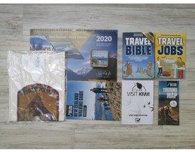 Travel Bible, Travel Jobs, kalendář 2020, triko VisitKiwi, karetní hra + zdarma checklist, mapa, průvodce po trecích odznáček