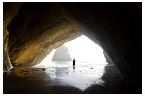 Hiking a návštěva jeskyní