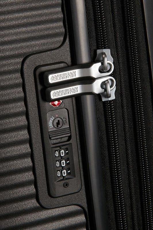 American Tourister Soundbox M Bass Black cestovní kufr TSA 67 cm 81 l