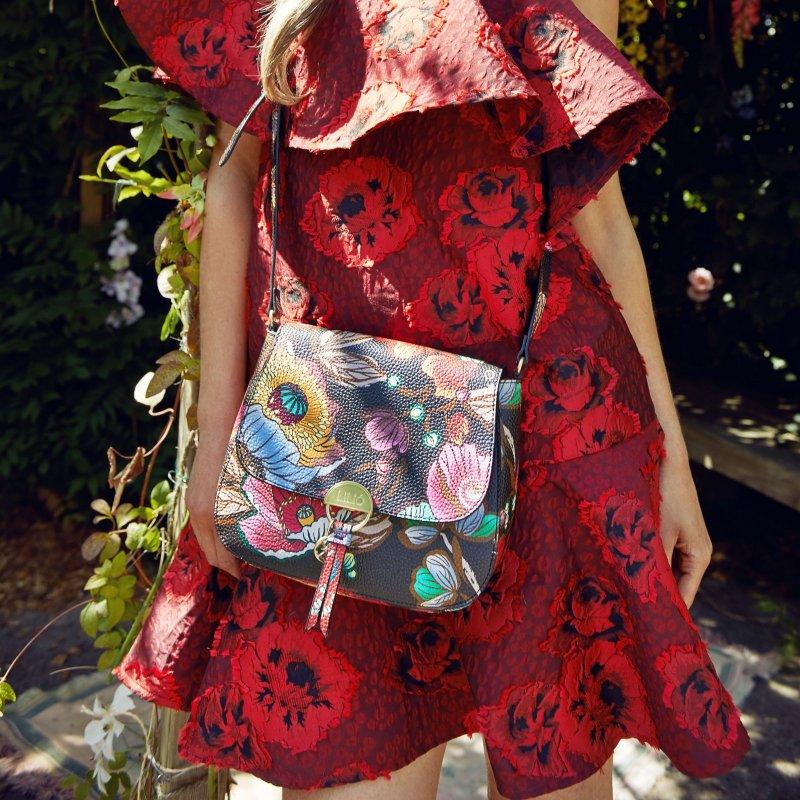 LiLiÓ Urban Peony S Shoulder Bag malá kabelka 24x19x7 cm Sunburst Black