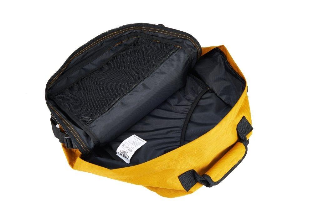 CabinZero Classic 28L Orange Chill ultra-light palubní batoh-taška 39x29,5x20 cm
