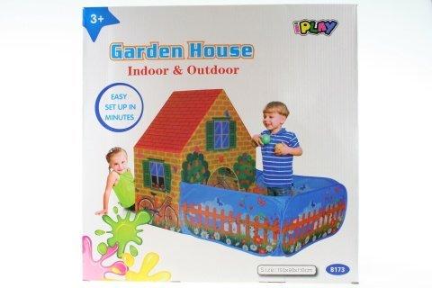 Domek s ohrádkou