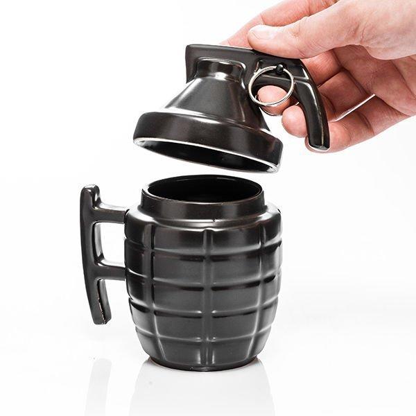 Granátový hrnek s víčkem - černý