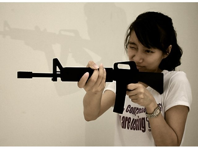 Věšák M16