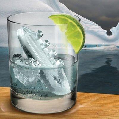 Ledový titanik