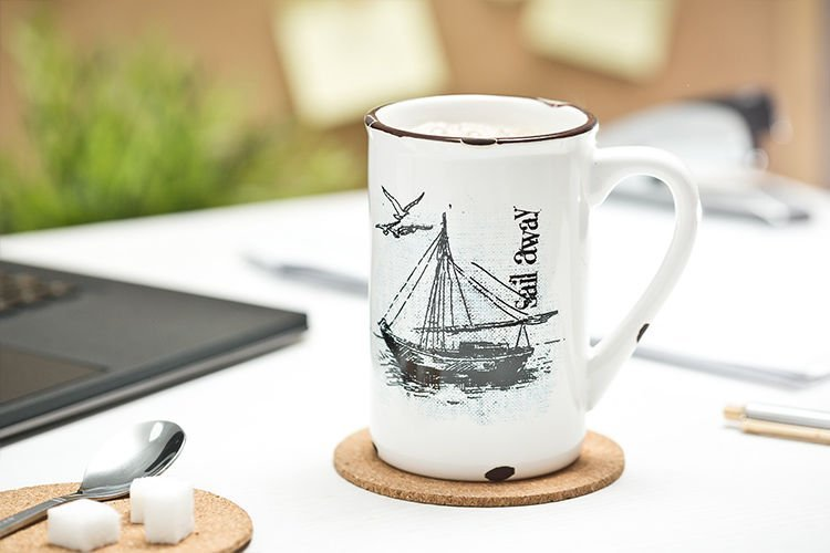 Porcelánový retro hrneček - Sail away